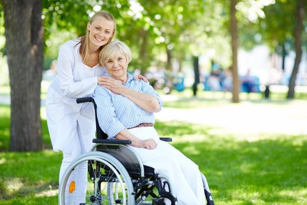 Hasta Ve Yaşlı Bakımı Özbakıma Destek Elemanı Kursu